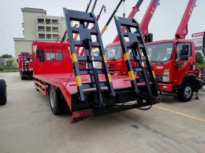 程力解放龙V单桥平板运输车图片