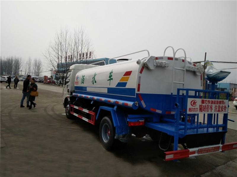 东风大多利卡8吨-9.2吨洒水车后左面图