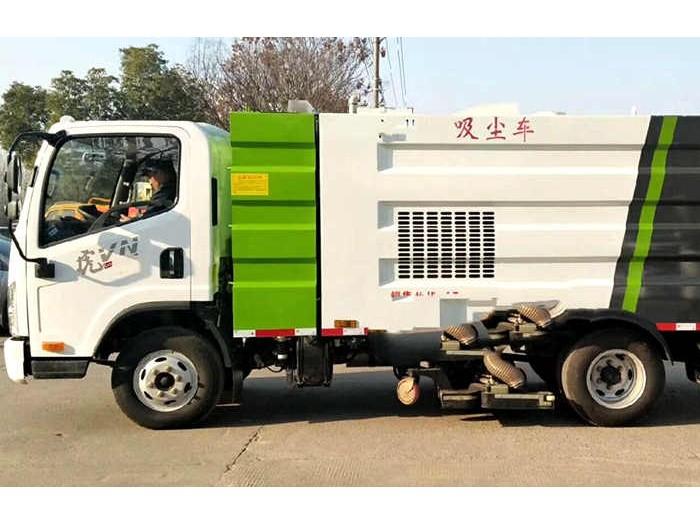 洗煤厂量身打造无水箱干湿两用吸尘车