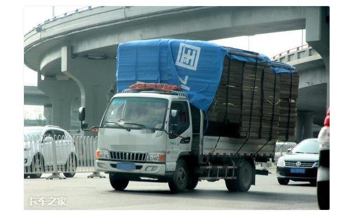 东风天锦一拖二平板清障车