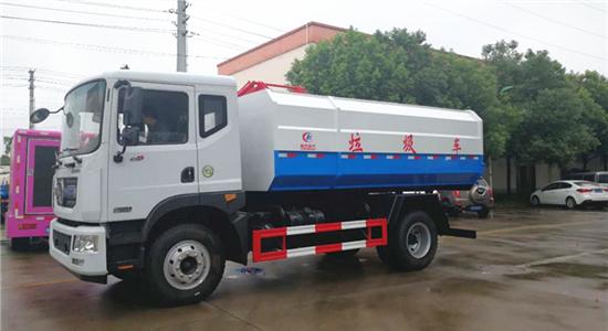 东风D9 10-12方挂桶垃圾车左面图