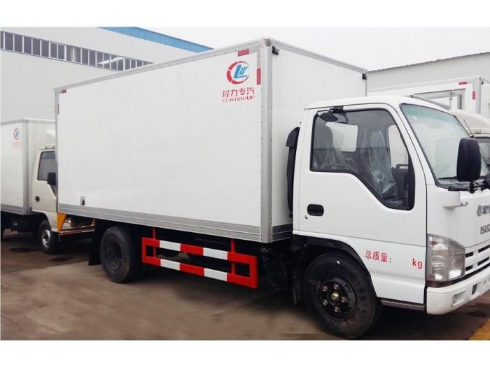 五十铃100P4.2米冷藏车
