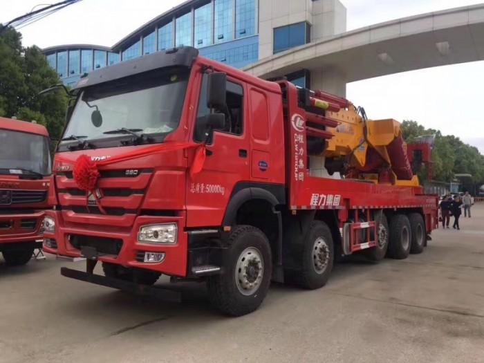 重汽豪沃30吨、50吨、60吨、90吨起重机