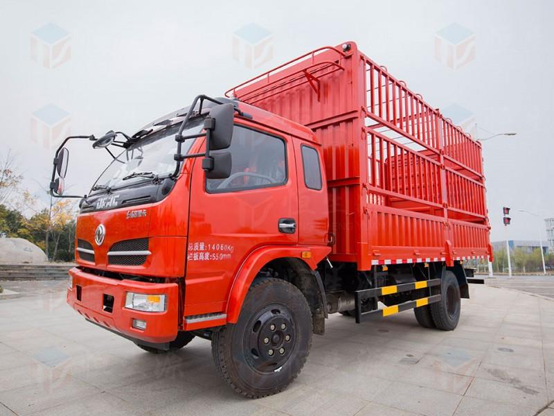 东风3.8米仓栅车
