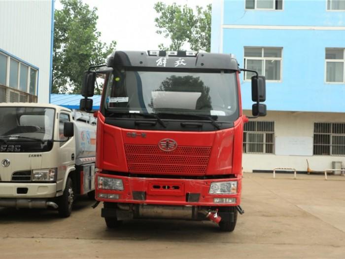 程力解放J6  15方加油车运油车