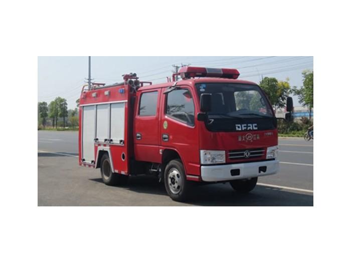 东风双排1吨水罐消防车