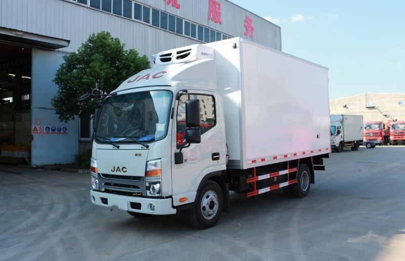 江淮4.2米冷藏车全方位图