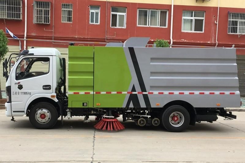 国六东风多利卡小型洗扫车图片