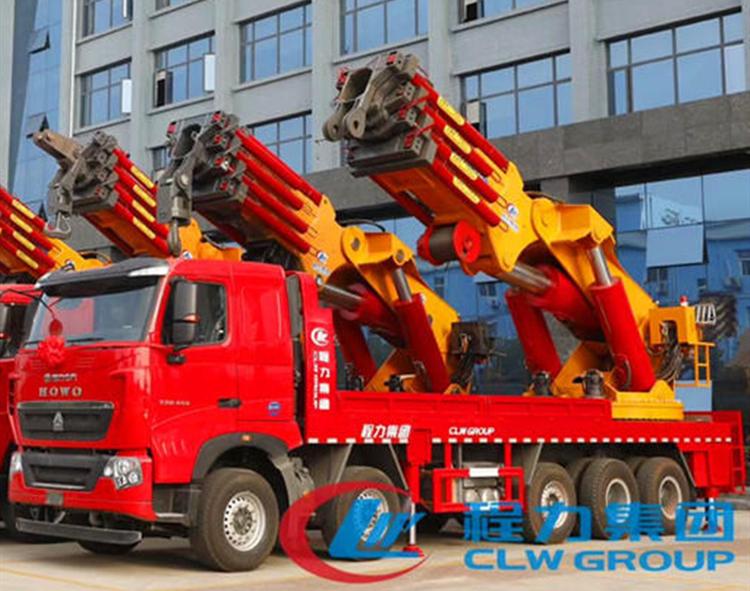 豪沃大型随车吊(30吨-2
