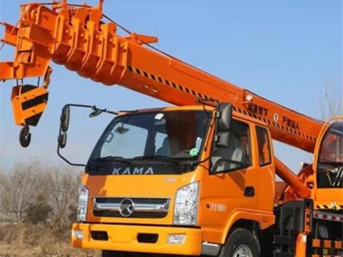 凯马8吨小型汽车吊