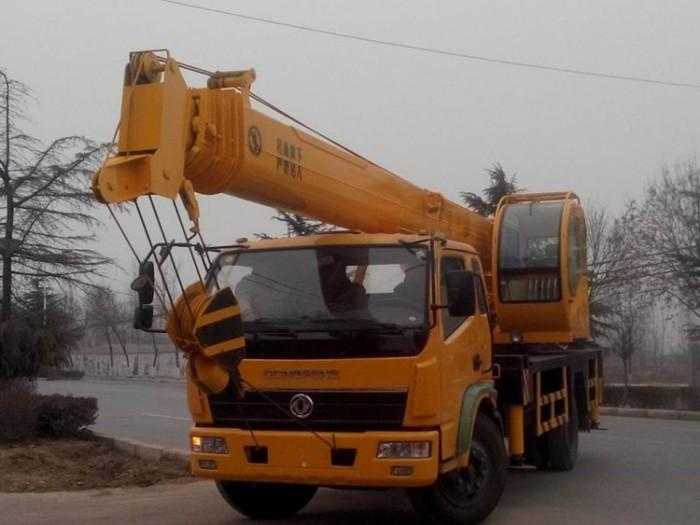 16吨东风汽车吊