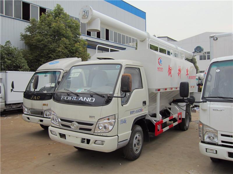 福田4吨小吨位散装饲料