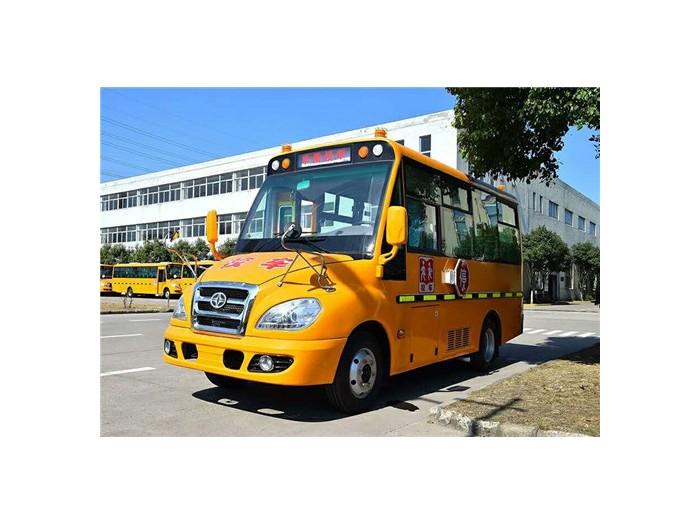 华策19座幼儿专用校车(5.3米)