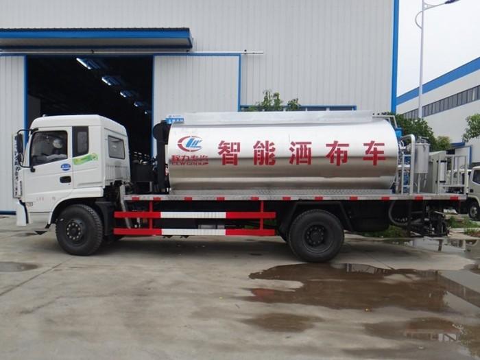 东风10吨沥青洒布车