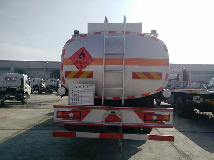 德龙X3000前四后八21方油罐车图片