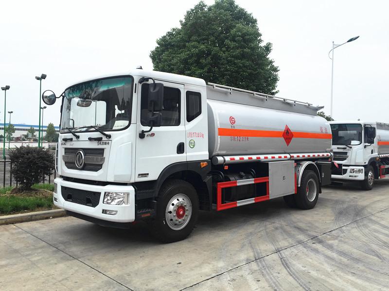 Dongfeng DLK 12 cbm fuel tanker truck
