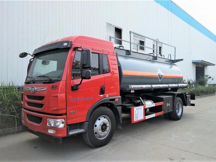 龙V化工液体运输车